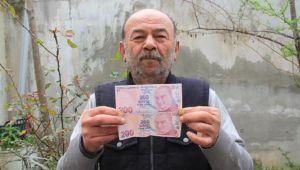200 TL'lik hatalı banknotu 55 bin liraya satışa çıkardı