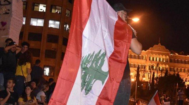 Lübnan'da akaryakıt fiyatları yüzde 66 arttı