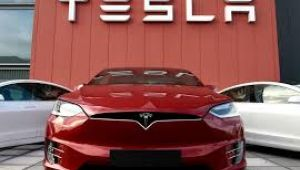 Tesla üçüncü çeyrekte rekor kar ve gelir elde etti