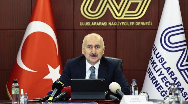 Ulaştırma ve Altyapı Bakanı Karaismailoğlu, nakliye sektörü temsilcileriyle bir araya geldi Açıklaması
